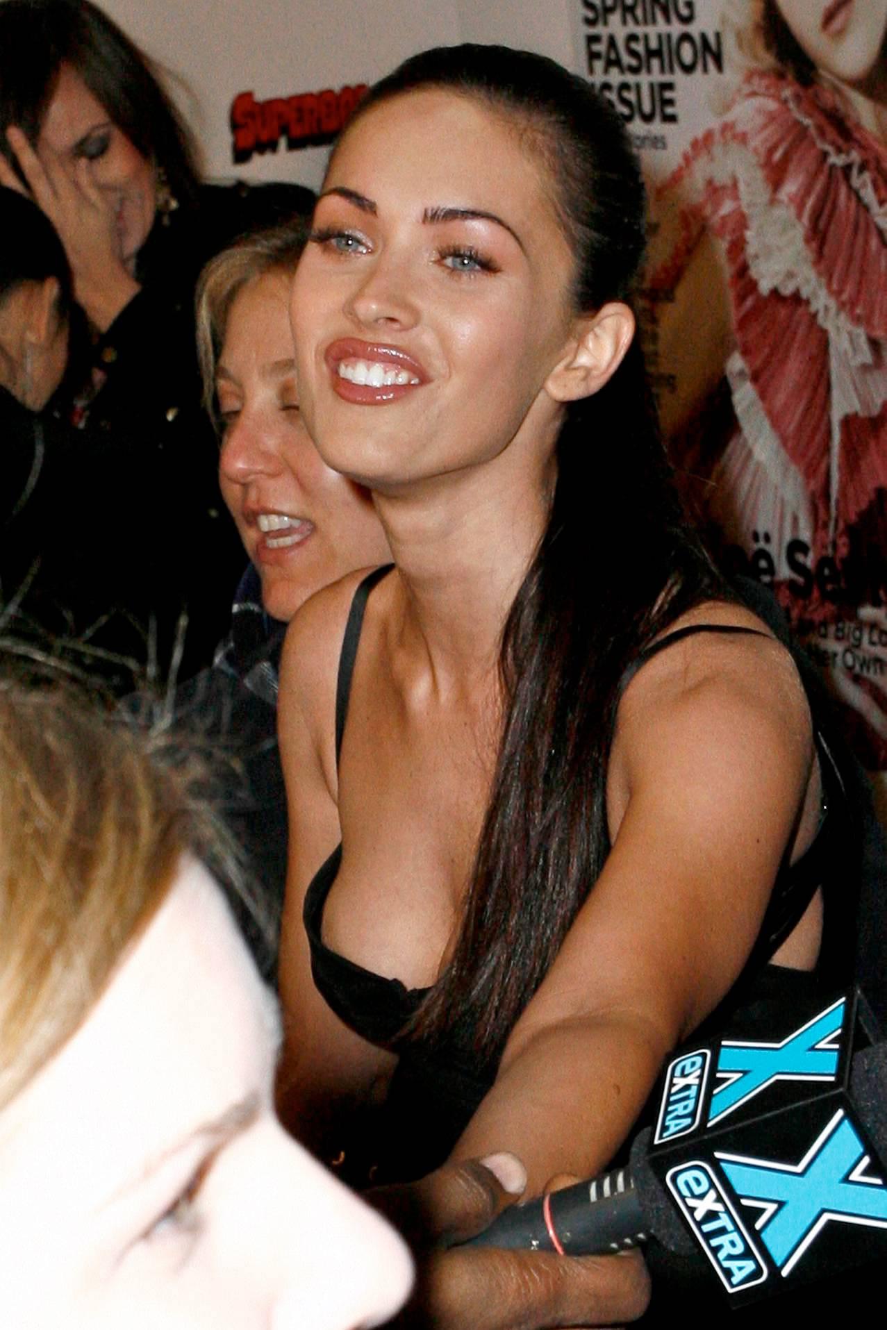 Megan Fox Nip Slip » megan_fox_nipple_slip_december_2_big